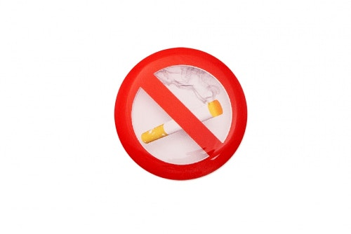 "3D-merkkilogo ""Ei tupakointia"""